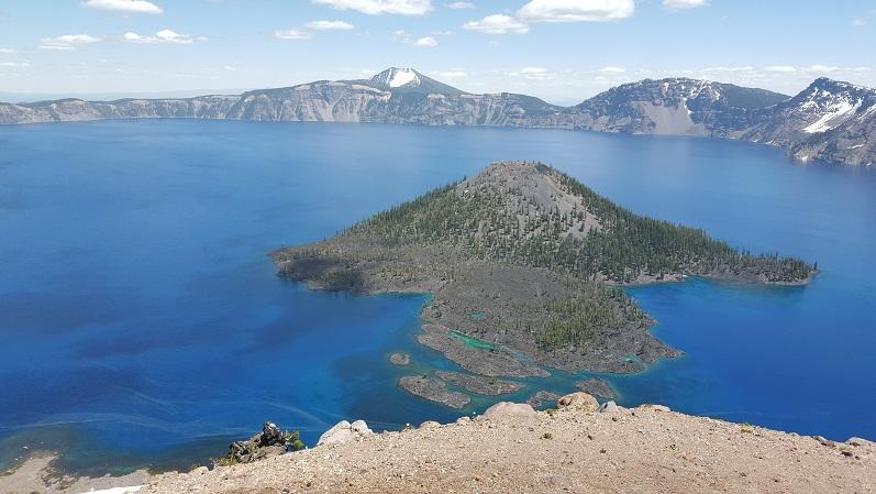 crater lake island